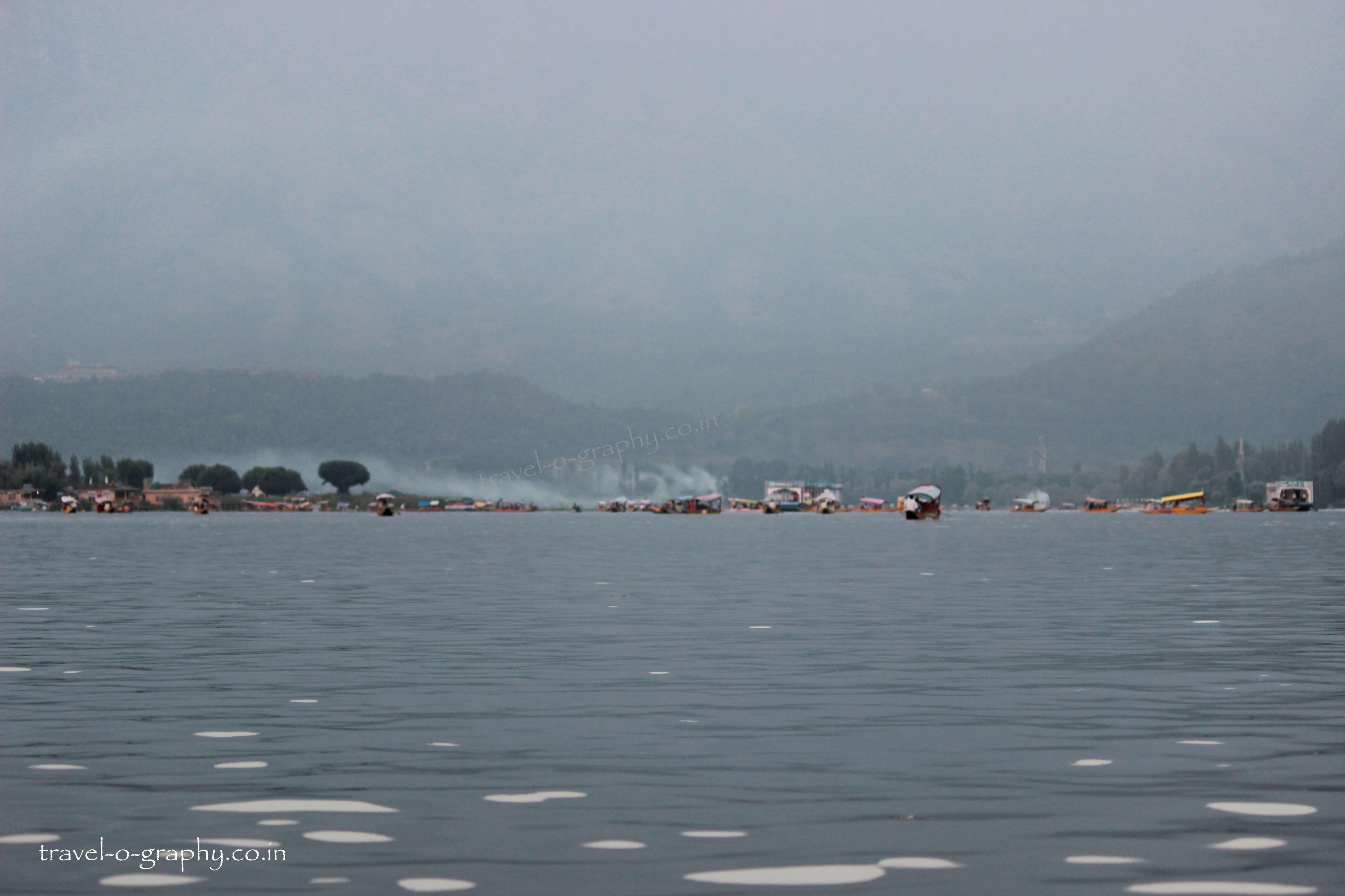 Serene & Calm Dal Lake of Jammu & Kashmir