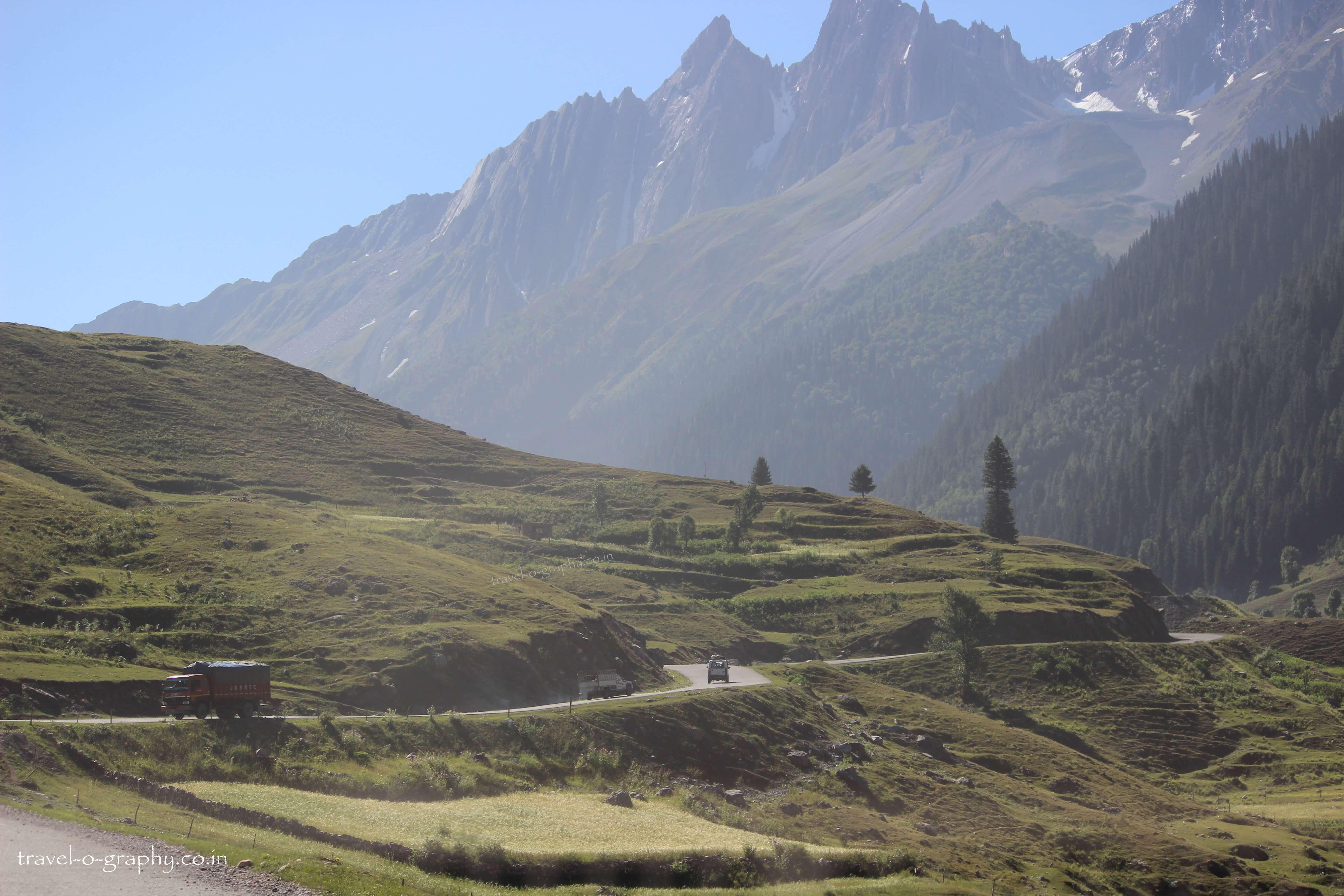 Tame & pleasing landscape og Kashmir